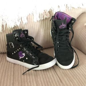 Disney D-Signed Wickedly Cool Girls' High Top Sz 1